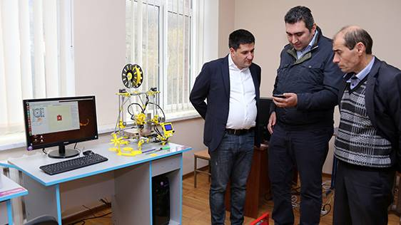 "Ucom's Director Visited ""Armath"" Engineering Laboratory in Border Voskepar"