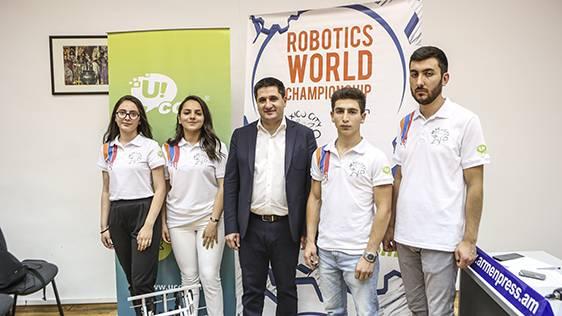 «Արմաթի» սաները Հայաստանը կներկայացնեն Մեխիկոյում կայանալիք «First Global» ռոբոտների միջազգային մրցույթում